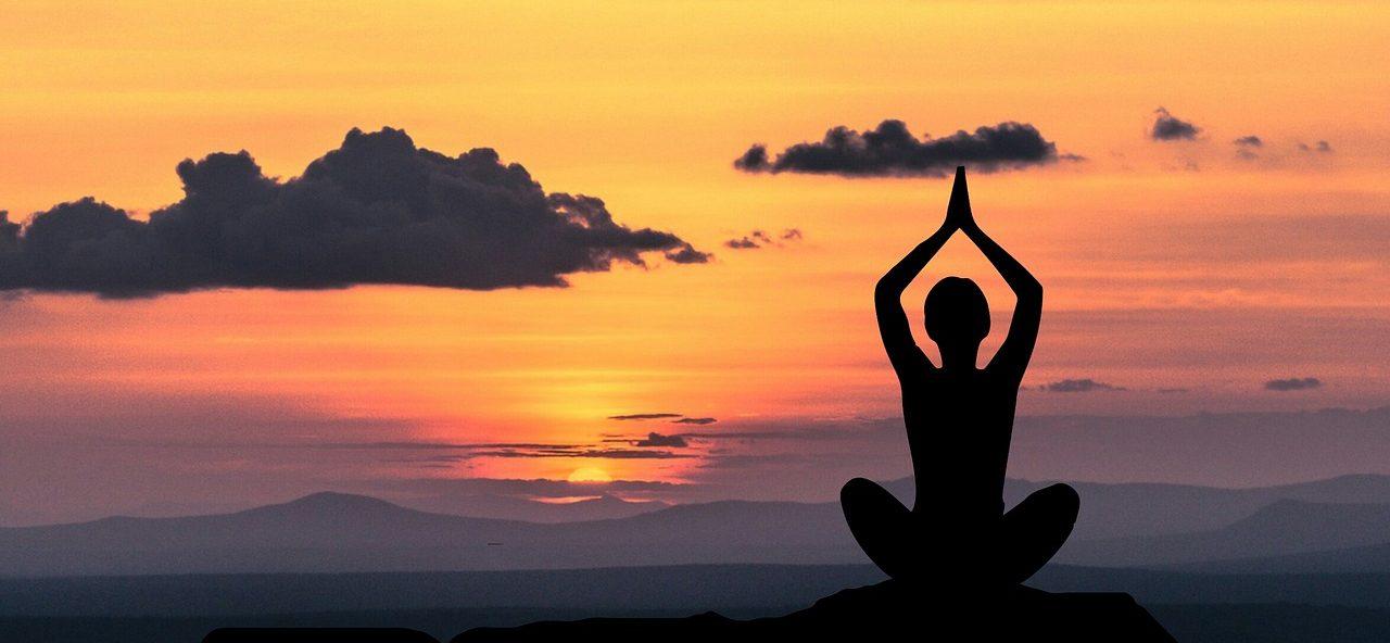 in de praktijk betekent holistisch leven met name dat je zorg draagt voor je lichaam en de aarde.